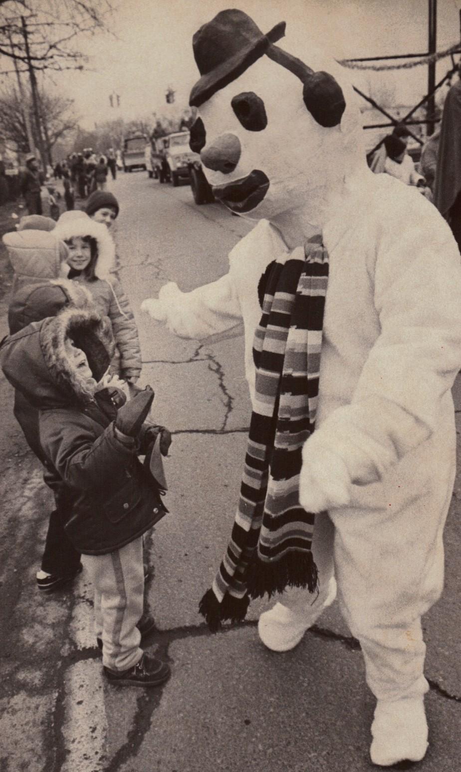 Frosty Snowman Pat (2).JPG