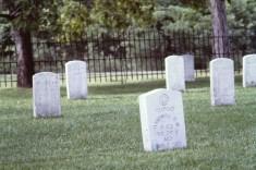 PICT0003.JPG grave stones w names
