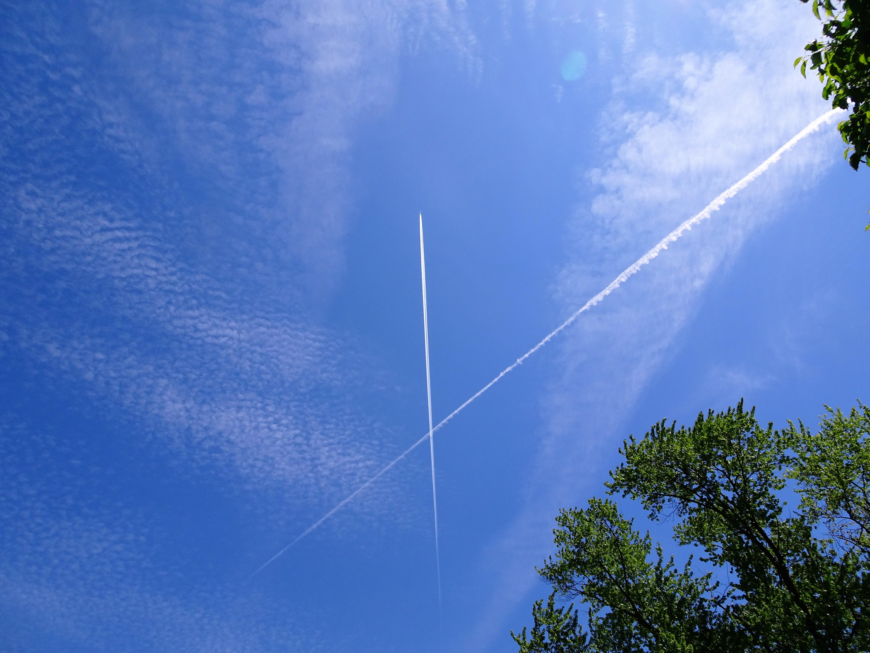 jet trails2